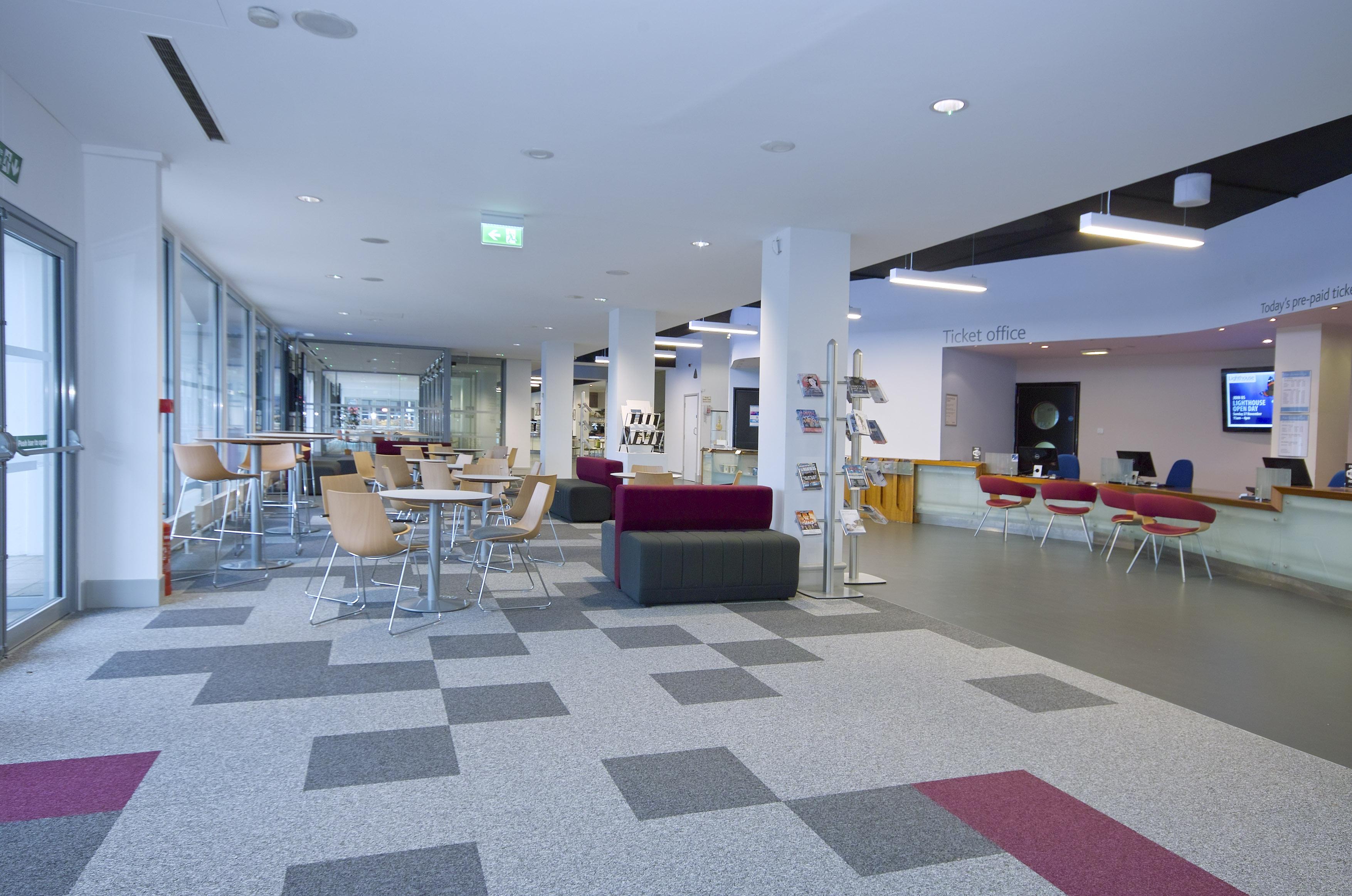 Foyer Office Jobs : Capital project · lighthouse